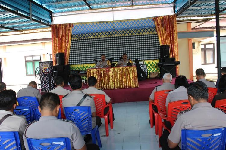 Jam Pimpinan, Kapolres Rote Ndao sampaikan Commander Wish Kapolda Nusa Tenggara Timur