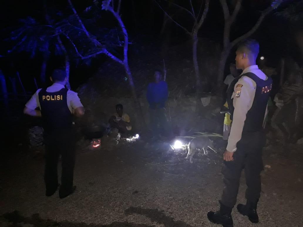 Polsek Rote Barat Giatkan Patroli Dialogis Malam Hari Guna Cegah Gangguan Kamtibmas