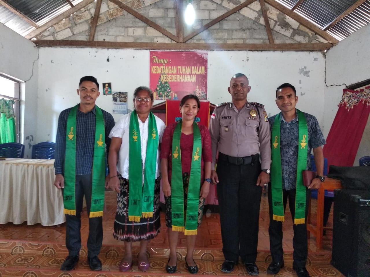 Ciptakan Rasa Aman Dan Nyaman Ibadah Minggu, Polisi Jaga Gereja