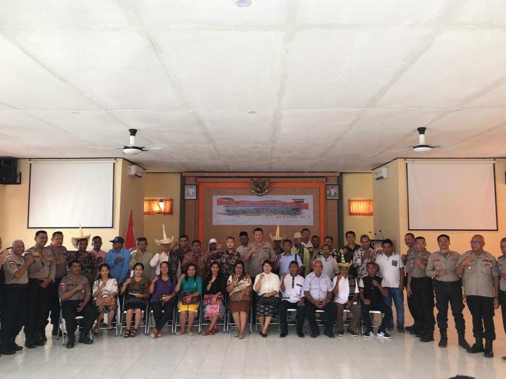 Pererat Tali Silaturahmi, Kapolres Rote Ndao Tatap Muka Dengan Sejumlah Tokoh Dan Insan Media