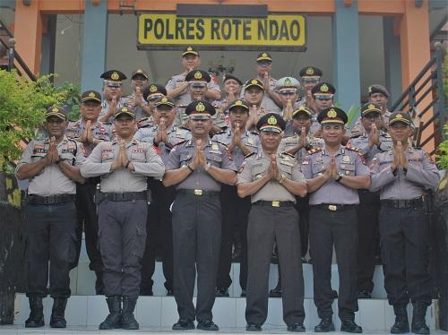 Keluarga Besar Polres Rote Ndao Mengucapkan Selamat Tahun Baru 2020